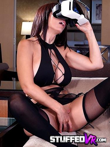 Catalina Cruz in hotel room for some virtual reality sex masturbation